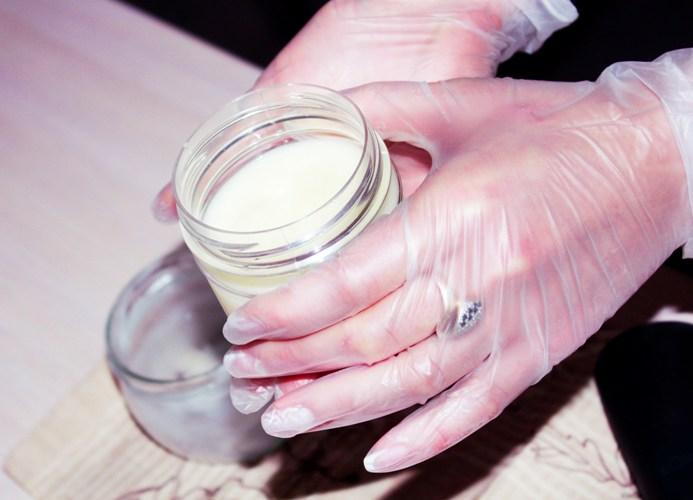 Занятие по изготовлению крема