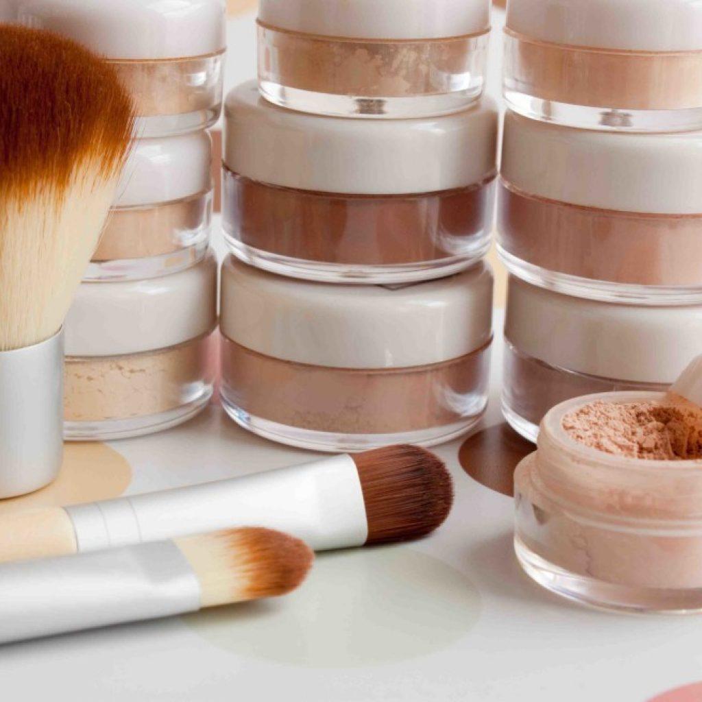mineral-cosmetic-lr-lr-1024x655